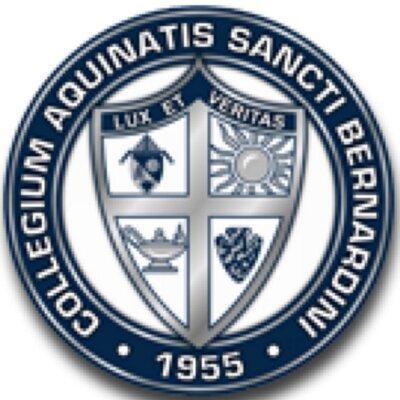 California – Trường Trung Học Aquinas High School, USA