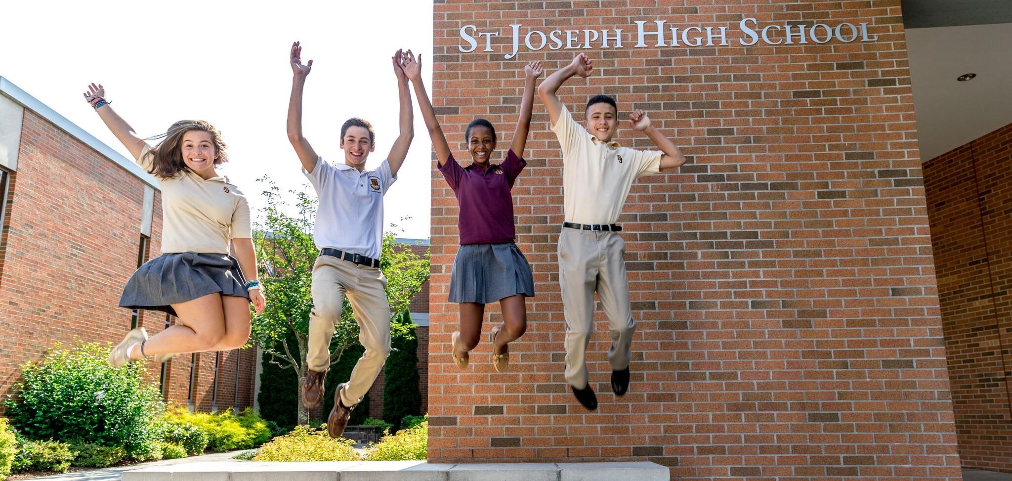 Connecticut - Trường Trung Học St. Joseph High School - USA