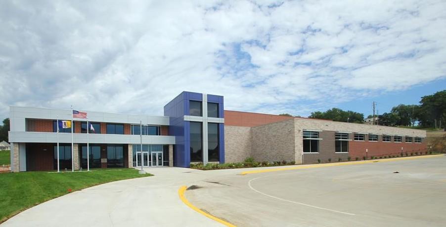 Iowa - Trường Trung Học Bishop Heelan High School - USA