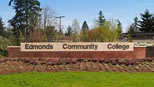 Trường Cao Đẳng Cộng Đồng Edmonds Community College - Washington, USA