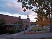 Học Viện Nội Trú và Ngoại Trú Lincoln Academy - Maine, USA