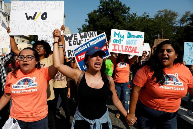 Tương lai bấp bênh của những người nhập cư DACA tại Mỹ
