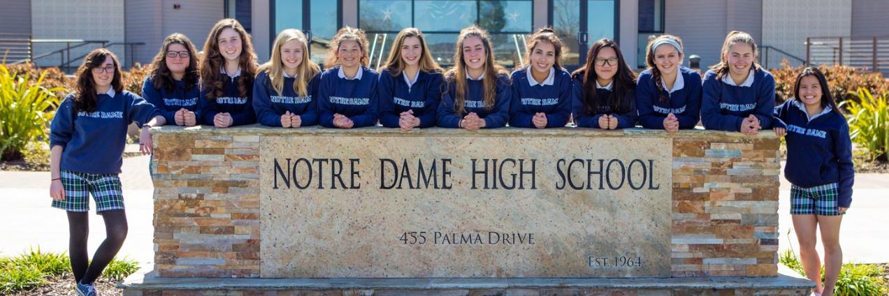 California - Trường Trung Học Notre Dame High School - USA
