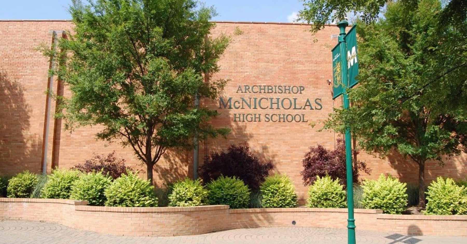 Ohio - Trường Trung học Archbishop McNicholas High School - USA