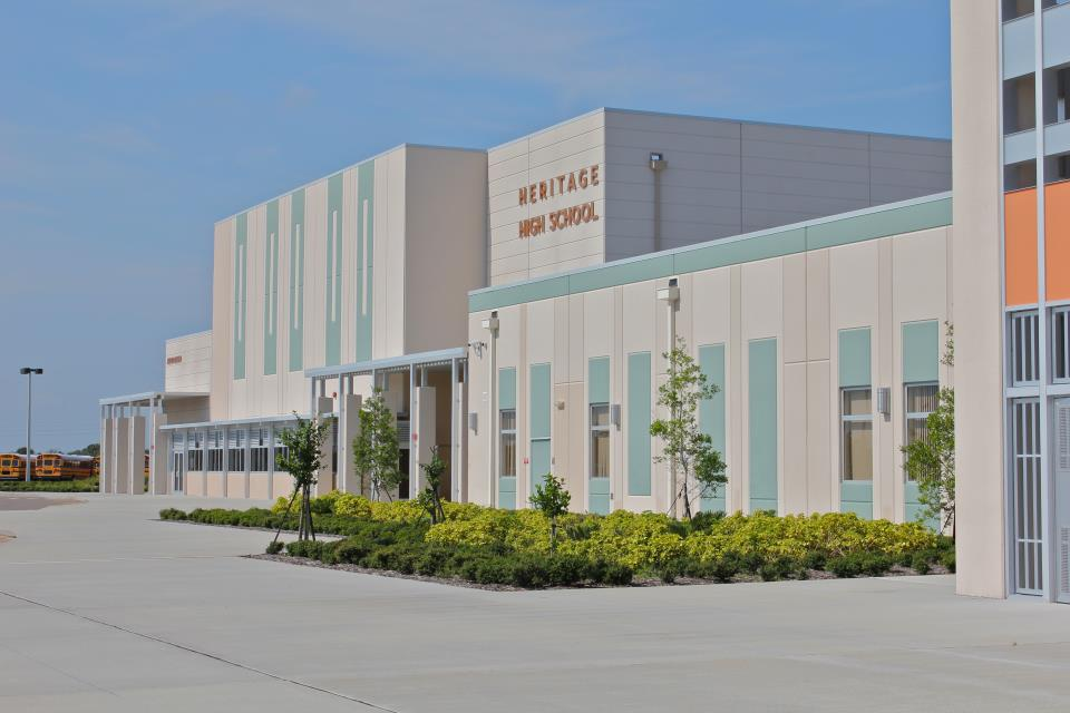 Florida - Trường Trung Học Công Lập Heritage High Schools - USA