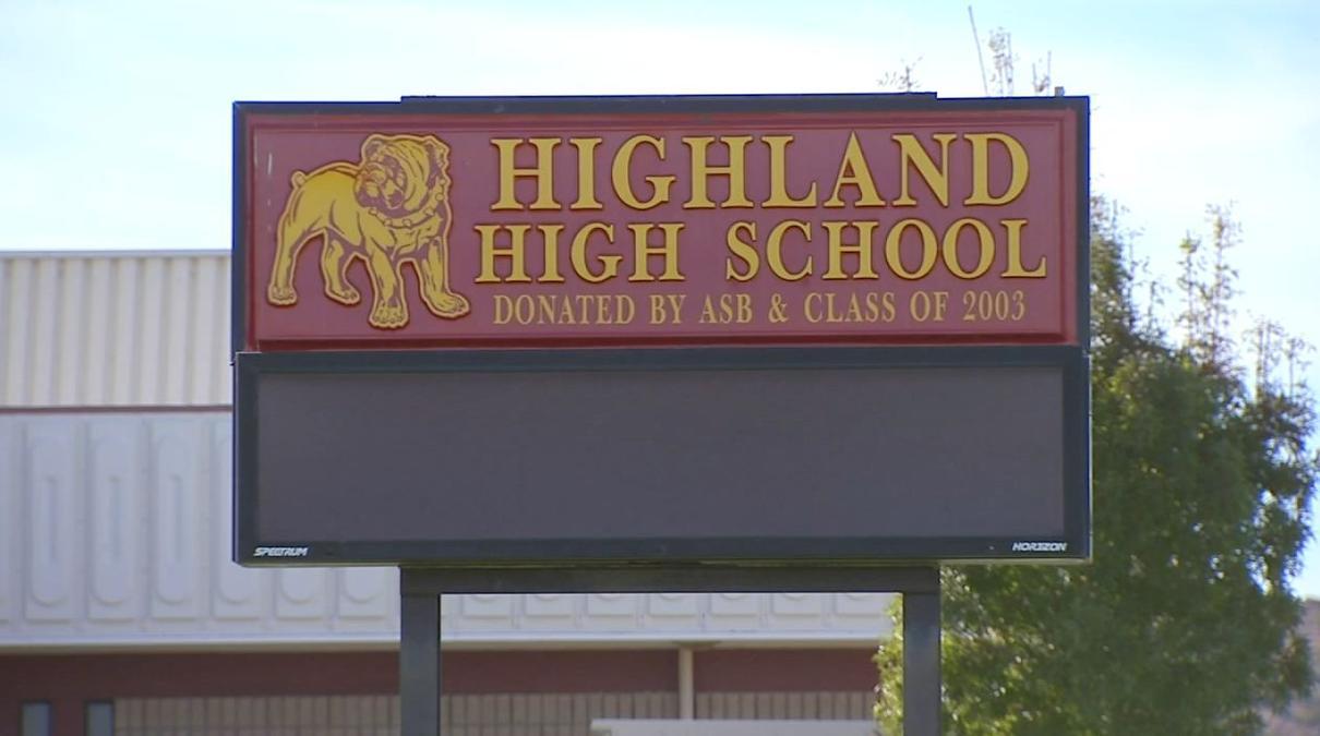 Trường Trung Học Công Lập Highland High School District - California - USA