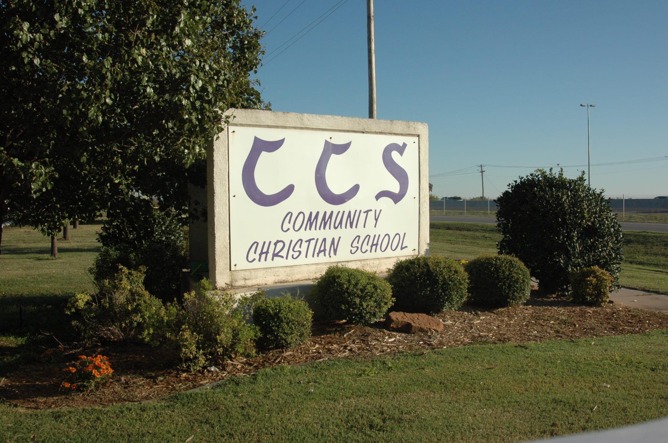 Trường Trung Học Ngoại Trú Community Christian School - Oklahoma