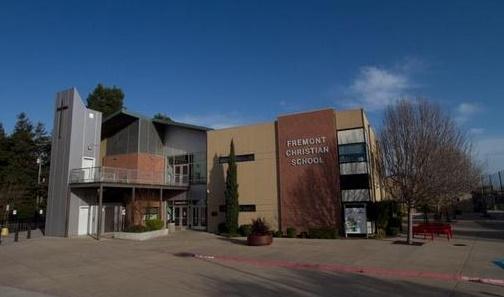 California - Trường Trung Học Ngoại Trú Fremont Christian School - USA
