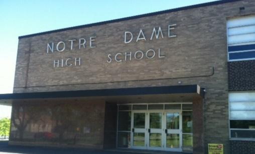Trường Trung Học Ngoại Trú Notre Dame High School Junior Senior - Ohio, USA
