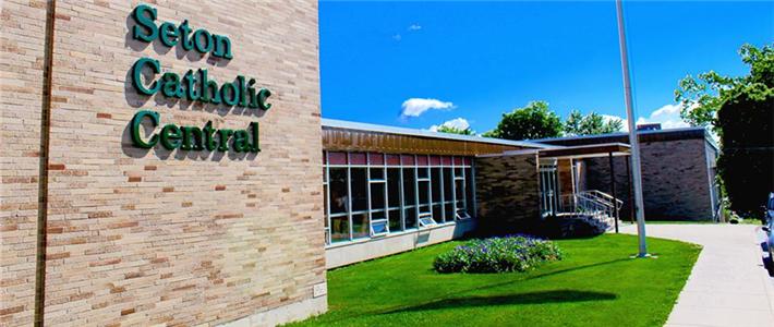 New York - Trường Trung Học Ngoại Trú Seton Catholic Central High School - USA