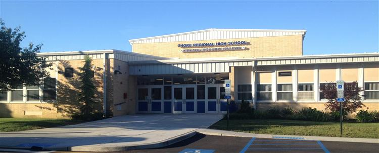 Trường Trung Học Ngoại Trú Shore Regional High School - New Jersey