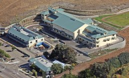 California - Trường Trung Học Ngoại Trú The Quarry Lane School - USA