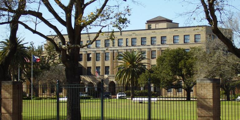 Texas - Trường Trung Học Nội Trú The Episcopal School Of Texas - USA