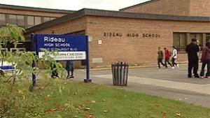 Trường Trung Học Rideau High School – Ottawa, Ontario, Canada